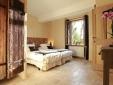 Les Remparts  Beaumes de Venise best Hotel boutique