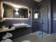 ANTICA TERRA's bathroom