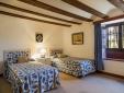 MAIN HOUSE-BLUE BEDROOM