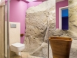 private bathroom detail with shower ( bedroom with 2 single beds)
