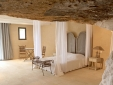 Le Clos Saint Saourde hotel Provence rhone best b&b room