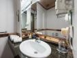 EXECUTIVE with circular bathtub