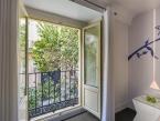Hotel Room Mate Mario